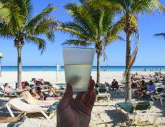 Contar experiencia en Cancún por 10,000 dólares